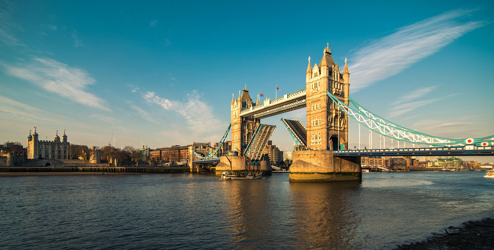 Image of tower bridge
